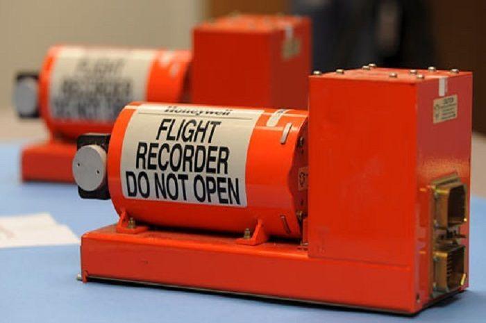 Ilustrasi Black Box. Black Box Pesawat Lion Air Jatuh Berhasil Dievakuasi, Rekaman Pembicaraan Pilot Akhirnya Terungkap.