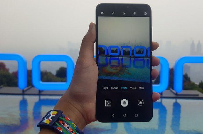 Perbandingan Honor 8X vs Oppo F9 vs Xiaomi Mi A2, Bagus Mana?