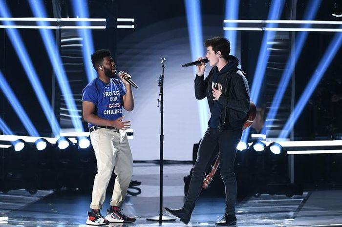 Al-Fatihah with Ahmed Muncul di MV Youth Milik Shawn Mendes dan Khalid!