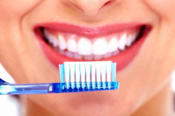 Seperti Ini Cara Menggunakan Garam Untuk Memutihkan Gigi Anda