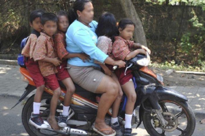 Polisi Sindir Emakemak yang suka antar jemput anak sekolah