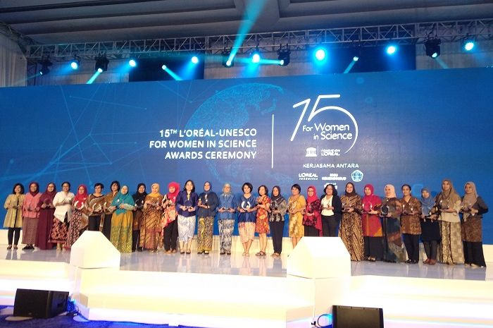 4 Ilmuwan Wanita Diberi Penghargaan di Ajang Perayaan 15 Tahun L'Oreal - UNESCO for Women in Science Awards Ceremony