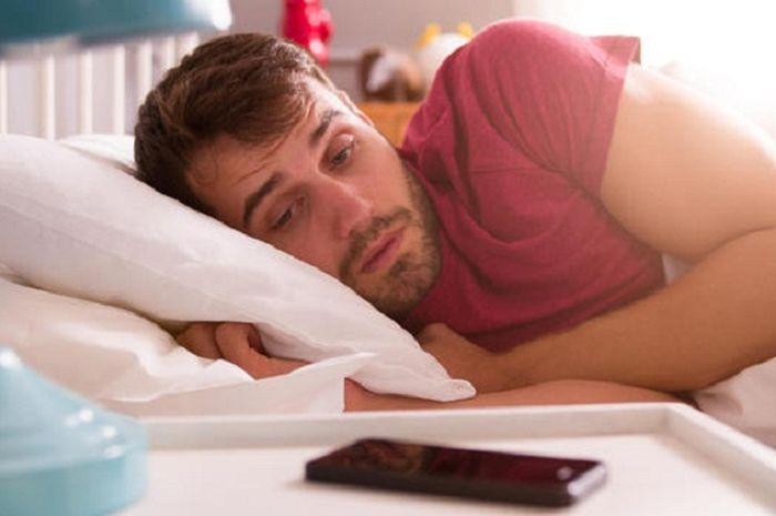 Kurang tidur dan  tidur larut malam menyebabkan infertilitas