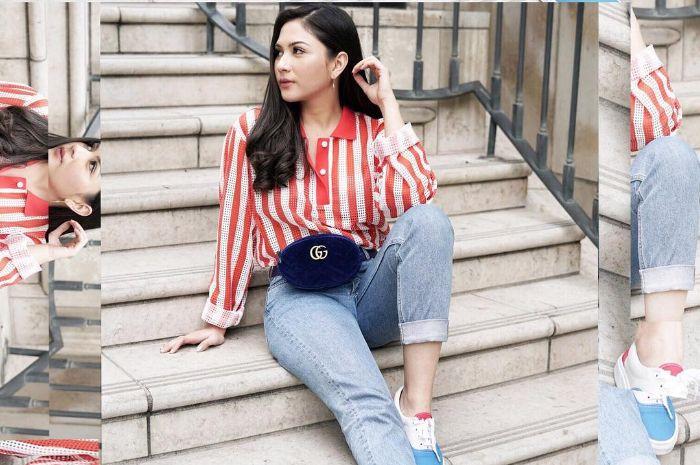 OOTD Jessica Mila saat emadukan wasit bag dengan gaya kasualnya yang kekinian