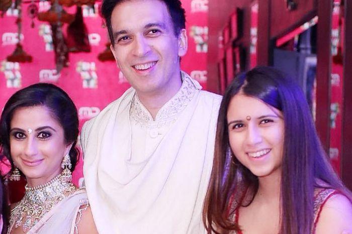 Shania Punjabi, Manoj Punjabi, dan Sairaa Punjabi