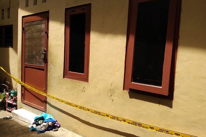 Kondisi rumah korban pembunuhan satu keluarga di Bekasi