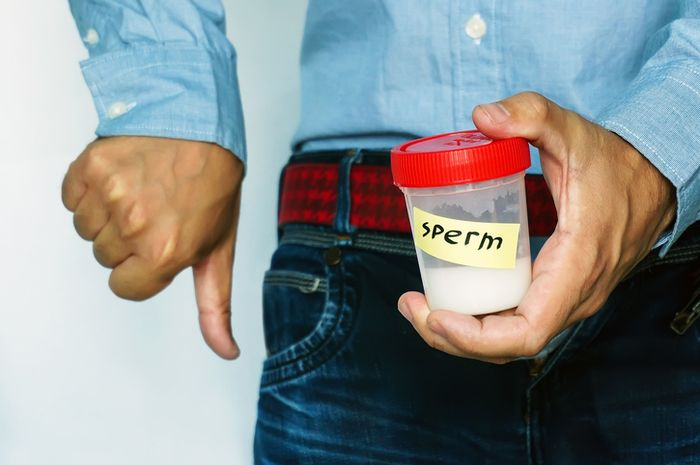 Suhu panas tidak hanya merusak sperma serangga, tetapi juga manusia.