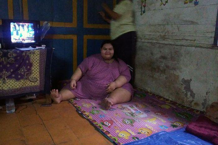 Terpaksa Putus Sekolah, Cewek 15 Tahun ini Berjuang Turunkan Berat Badannya