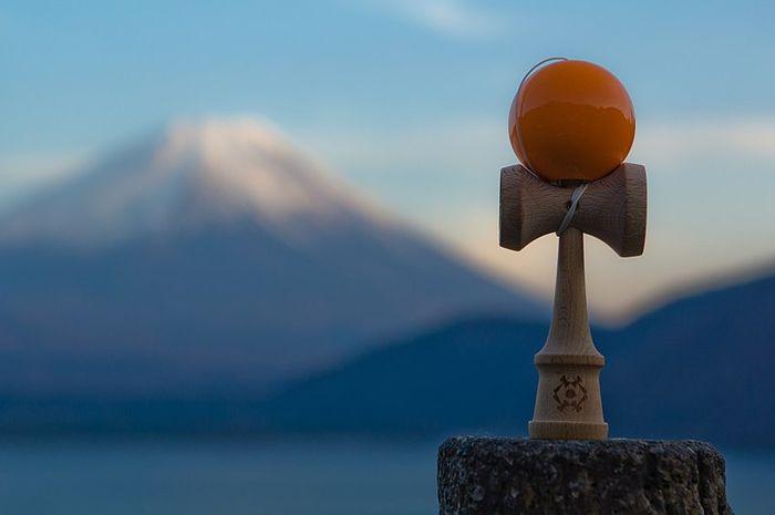 Kendama, permainan yo-yo tradisional Jepang