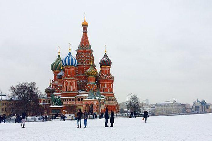 Masyarakat Rusia merayakan Natal 2 kali, lo