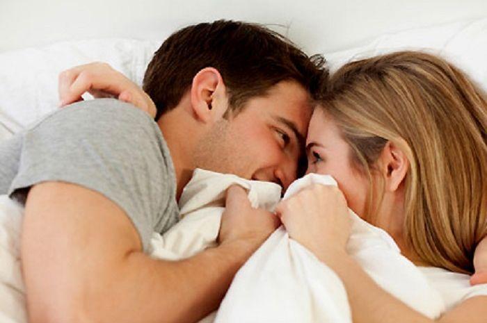 Bercinta dengan pasangan
