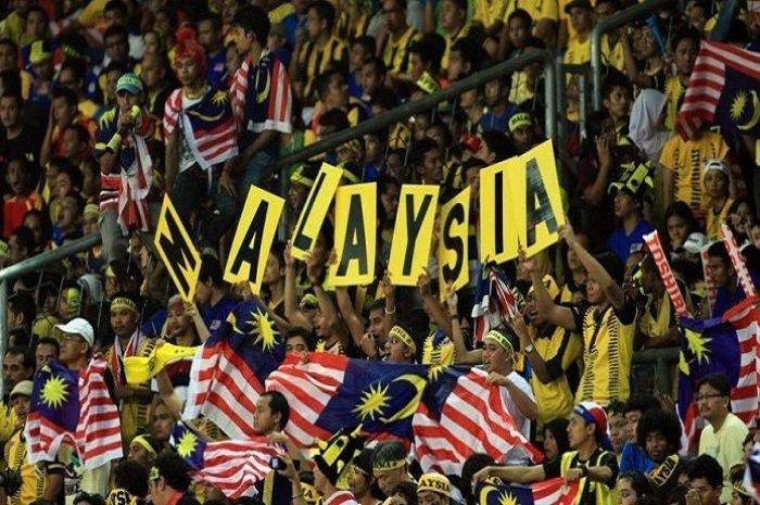 Mantan pemain Timnas Malaysia tidur du jalan seperti gelandangan.