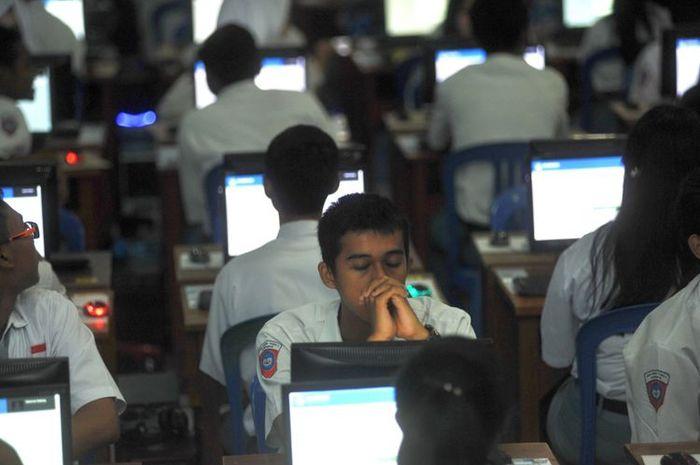 SMA Hang Tuah 1 Surabaya