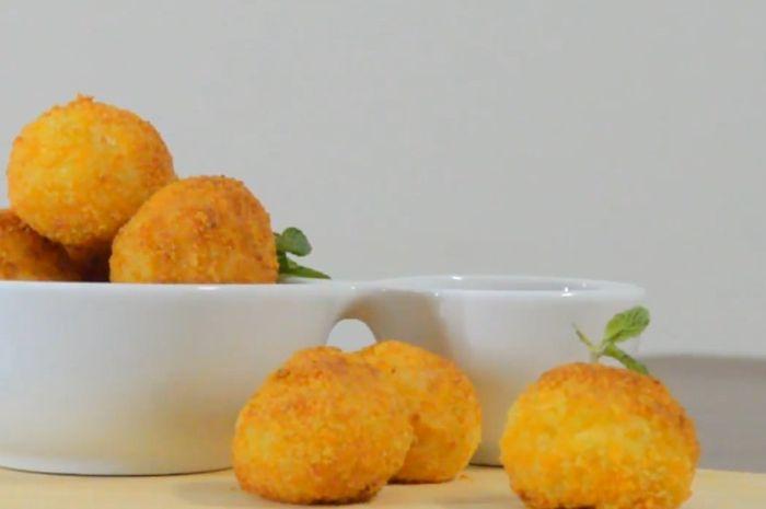 Bola-bola kentang.