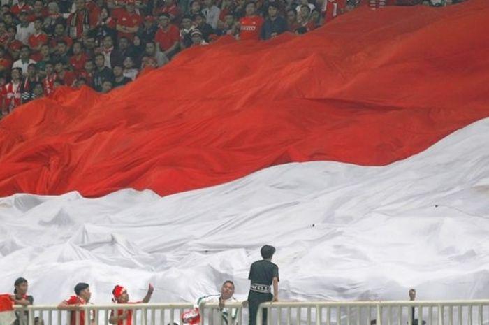 salah satu aksi suporter Timnas Indonesia