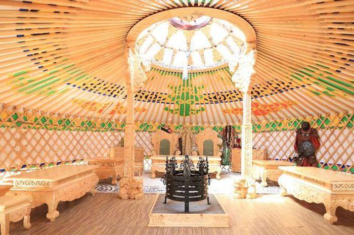 Tanjung Lesung memiliki objek wisata baru bernama Pusat Kebudayaan Mongolia.