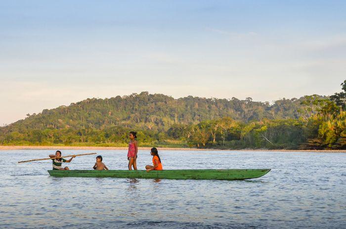 Suku asli Amazon.