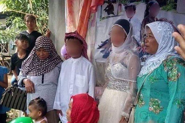 Viral, Kisah Bocah 9 & 14 Tahun yang Menikah Setelah Pertemuan di Waterboom