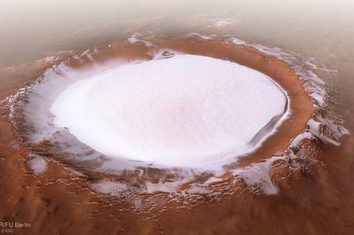 Kawah Korolev di Mars yang dipenuhi Mars.