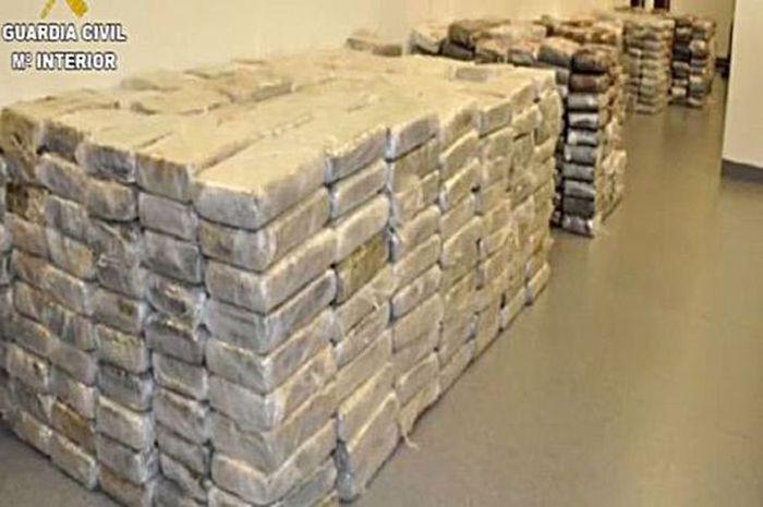 Pemain Liga Inggris diduga mengonsumsi kokain.