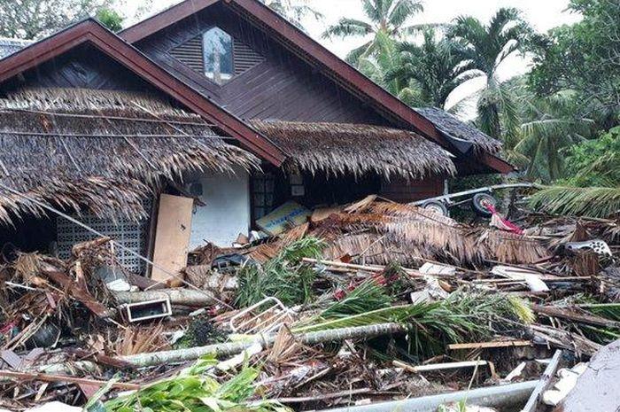 Penampakan sebuah rumah di Mutiara Carita Resort pasca-diterjang tsunami Banten pada Sabtu (22/12/20