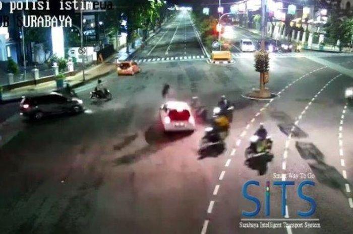 CCTV SITS Dishub Kota Surabaya, Jumat (28/12/2018)