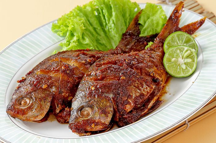 Ikan Bakar Bumbu Goreng (sajiansedap.grid.id)