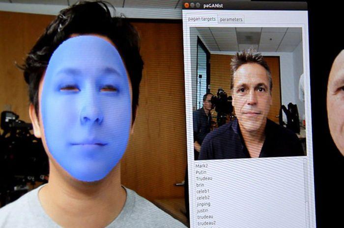 Deepfake mampu ubah wajah seseorang menjadi wajah orang lain, dengan bantuan teknologi AI.