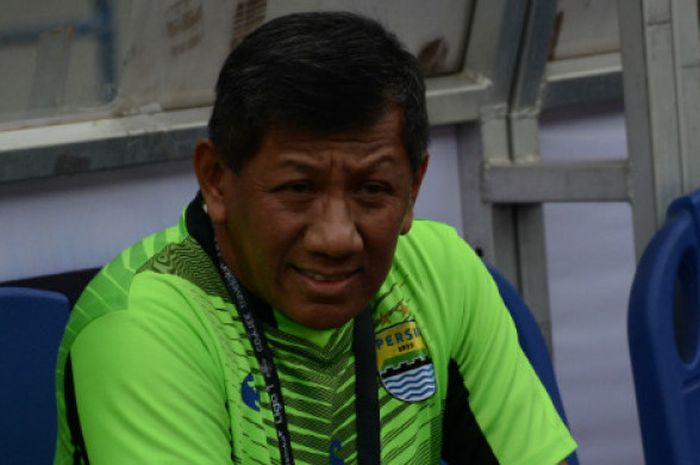 Komisaris Persib Bandung, Kuswara S. Taryono jelaskan alasan Persib Bandung lakukan aksi senyap selama Liga 1 2019.