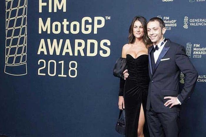 Valentino Rossi dan pasagan kekasihnya, Francesca Sofia Novello