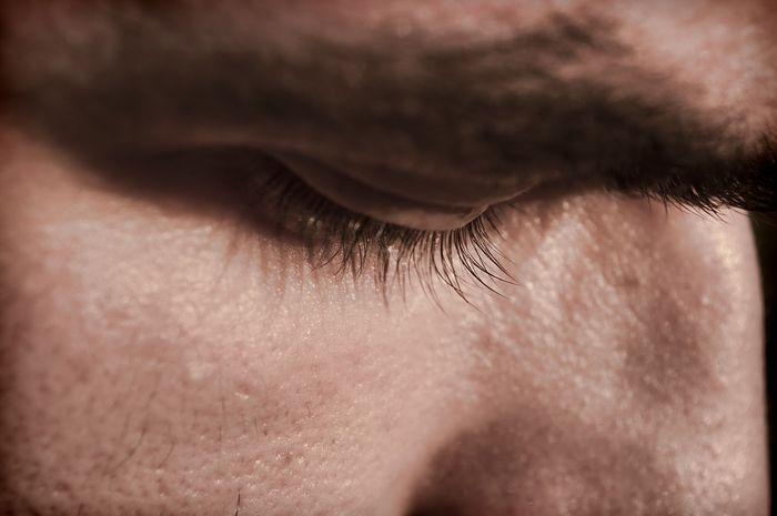 perawatan pada mata kedutan dan kelelahan