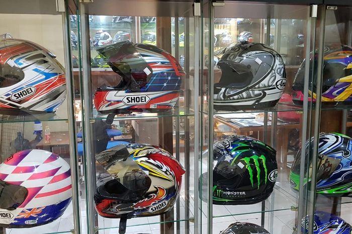 Ilustrasi pilihan helm branded seken