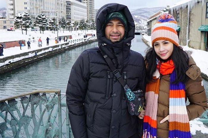 Raffi Ahmad dan Nagita Slavina pamer makan malam di kapal mewah