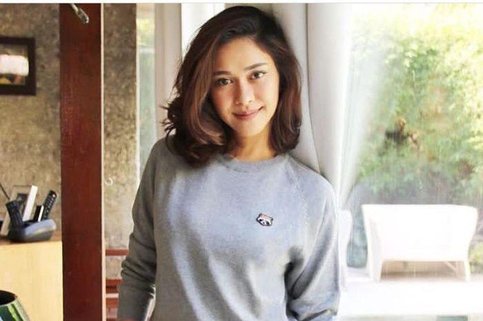 Cuma Nana Mirdad yang Ngulek Sambal Bak Model Majalah, Begini Reaksi Anak Bulenya