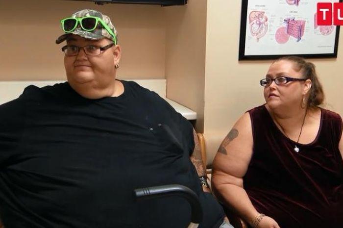 Pasangan berberat badan ekstrem, Lee dan Rena.