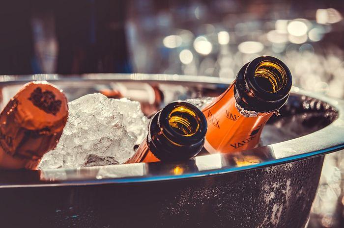 Minuman berkarbonasi menyebabkan perut menjadi kembung