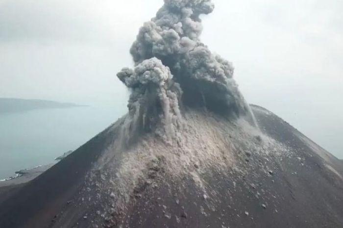 Letusan Anak Gunung Krakatau