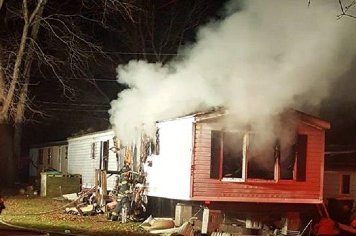 Rumah Damir yang terbakar