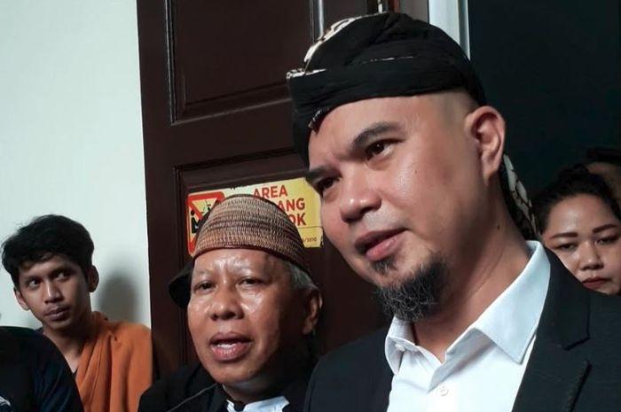 Musisi Ahmad Dhani kembali menjalani sidang kasus ujaran kebencian yang menjerat dirinya di Pengadil