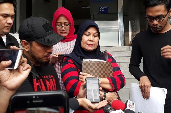 Maryke Harris Pohu mendatangi Polda Metro Jaya pada Minggu (20/1/2019).