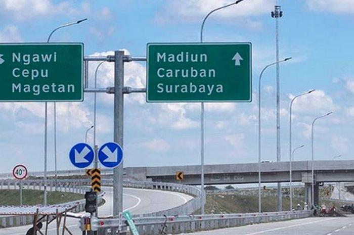 Ruas tol Trans Jawa