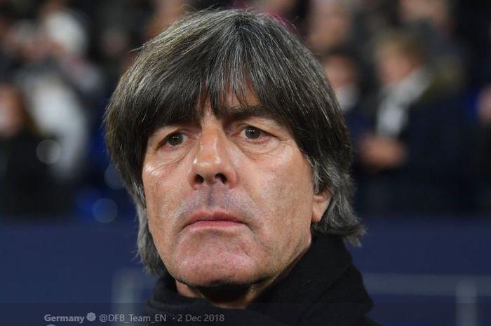 Pelatih timnas Jerman, Joachim Loew, disebut eks pelatih Real Madrid, Bernd Schuster, menjadi kandid