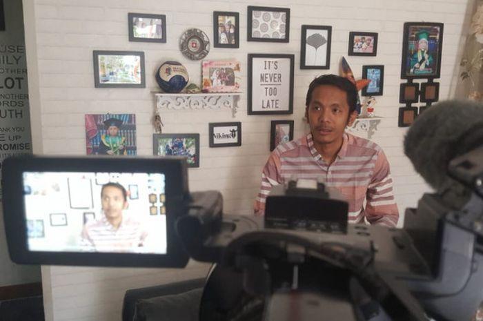 Koordinator Save Our Soccer (SOS), Akmal Marhali, Menuding Penyelenggaraan Piala Indonesia 2018 Caca