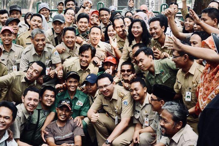 Basuki Tjahaja Purnama atau Ahok atau BTP saat bersama PNS DKI Jakarta