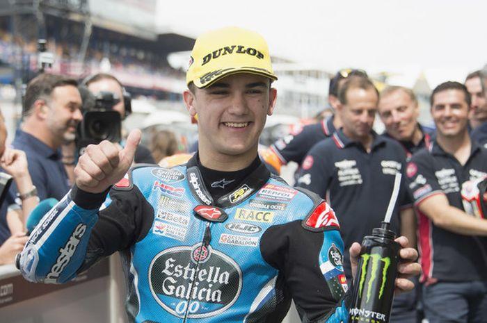 Pebalap tim Max Racing, Aron Canet.