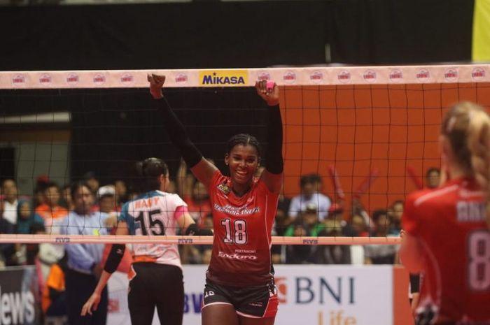 Tim putri Jakarta Pertamina Energi juarai Proliga 2019 seri ketiga putaran kedua yang digelar di Sritex Arena, Solo, Minggu (27/1/2019).