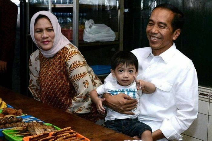 Kocak! Celotehan Jan Ethes jadi Sorotan, Presiden Jokowi: Ia Sedang Lincahnya, Harap Dimaklumi!