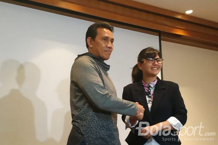 Bima Sakti diresmikan jadi pelatih timnas U-16 Indonesia di Hotel Sultan, Jakarta, Rabu (30/1/2019).