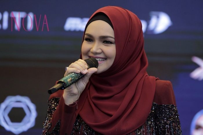 Gandeng Tulus saat konsernya nanti, ternyata Siti Nurhaliza kagum.