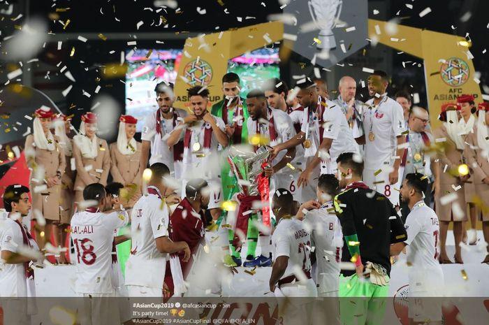 Timnas Qatar juara Piala Asia 2019 setelah menekuk Jepang dalam final di Zayed Sports City Stadium Abu Dhabi, 1 Februari 2019.